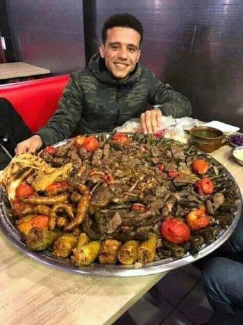اليوم السابع يكشف سر صورة مصطفى فتحى  التى قلبت ألفيس بوك