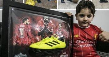 تعرف على هدية محمد صلاح لطفل سوري فقد ساقه في الحرب