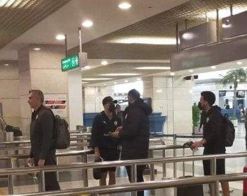 السفير المصري يودع بعثة الزمالك قبل مغادرة تونس .. وقرار جديد من كارتيرون