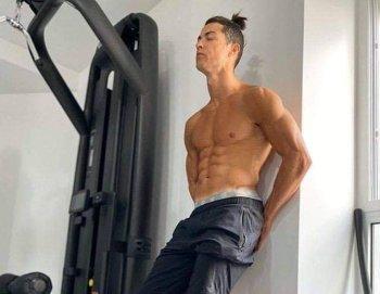 شاهد أهداف رروعة لصلاح   ..رونالدو الرابح الأكبر من كورونا .. وخسائر فادحة للدوري الإسباني
