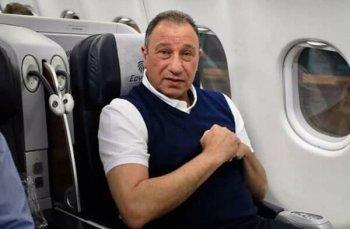 السفاح الجزائري يصدم الخطيب بقرار  جديد