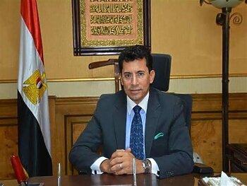 محمد صلاح يتلقى مكالمة هاتفية من وزير الرياضة وأخبار الزمالك يكشف التفاصيل