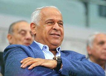 فرج عامر يقلب فيسبوك بتغريدة تستفز المصريين
