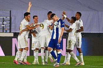 ريال مدريد ضد الافيس .. الملكي يضع خطوة جديدة نحو الليجا ..برشلونة يرفض الاستسلام و سقوط تشيلسي وفوز الستيزن