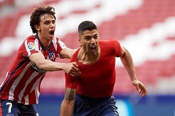 الليجا الاسباني تشتعل ..فوز اتليتكو مدريد فى الوقت القاتل والريال يطارده بانتصار صعب وهزيمة برشلونة