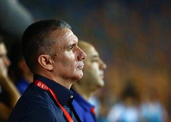 كارتيرون يطلب ضم 4 صفقات .. عبد العال: الأهلي أقوى من اتحاد الكرة